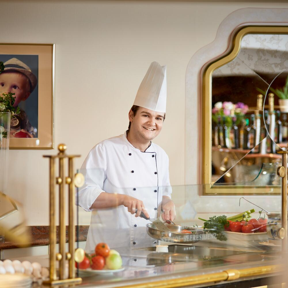 breakfast chef hotel walchsee